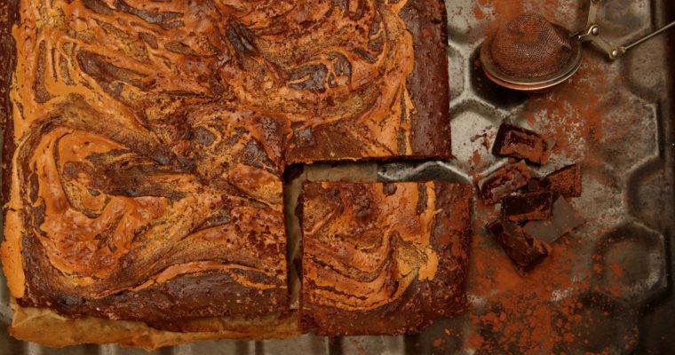 Brownie z mąki gryczanej z masłem orzechowym