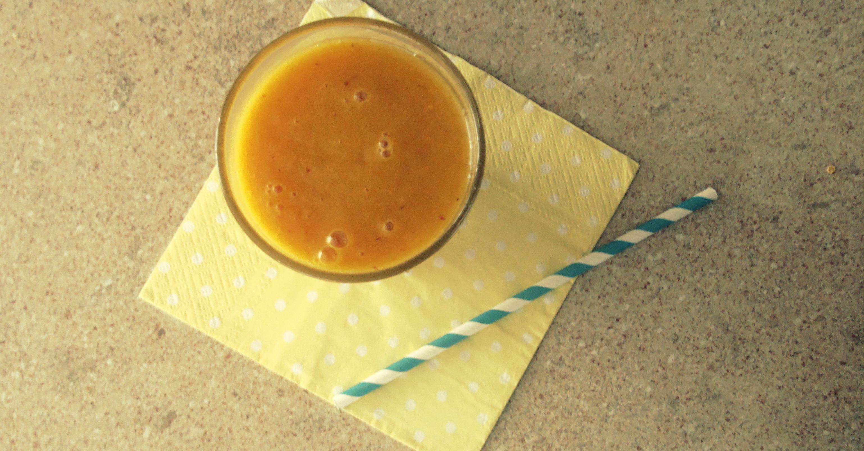 Miksujemy zielone: Słoneczny koktajl z mango