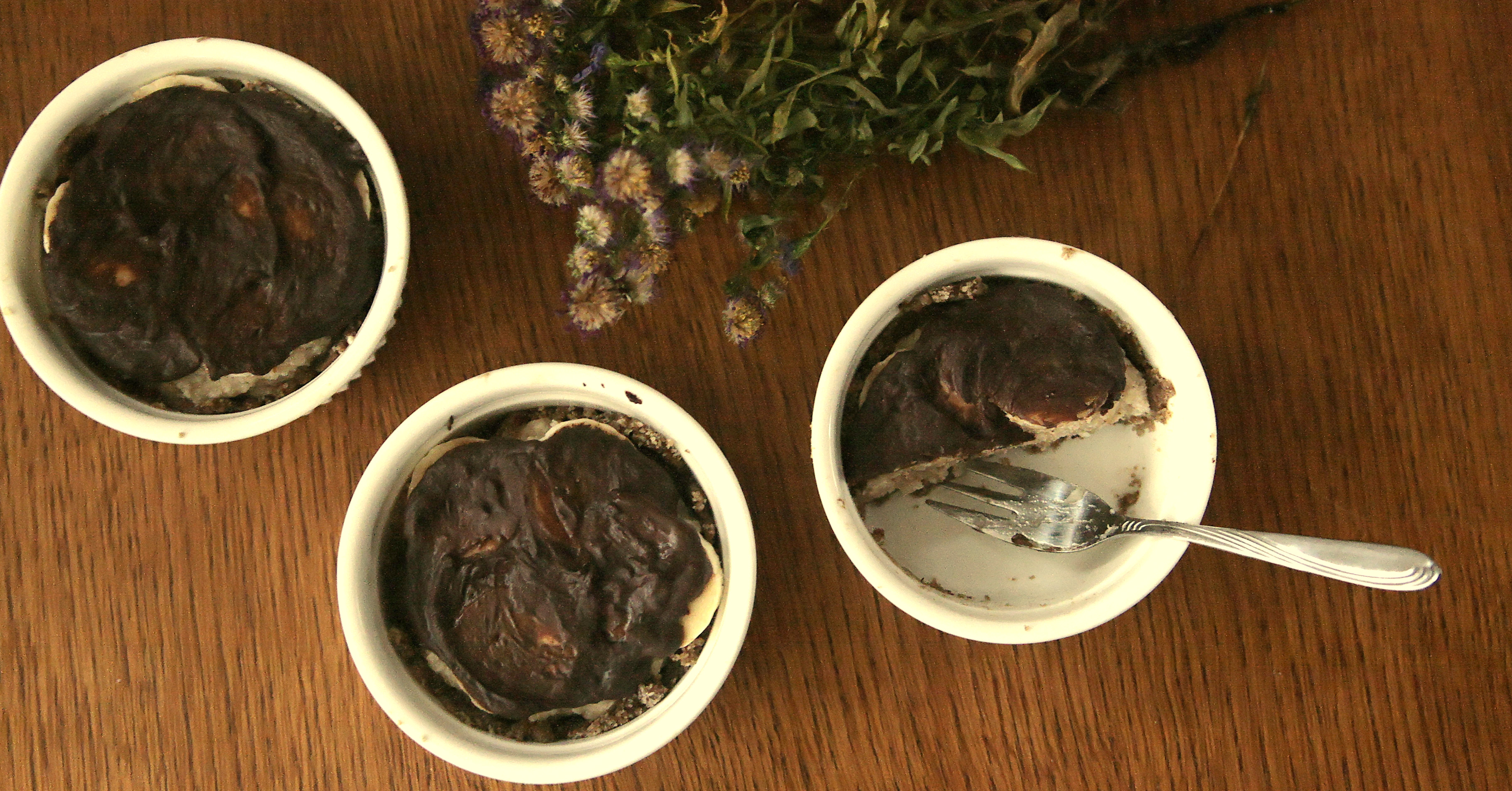 Tarty z kokosowo – fasolowym nadzieniem i czekoladą