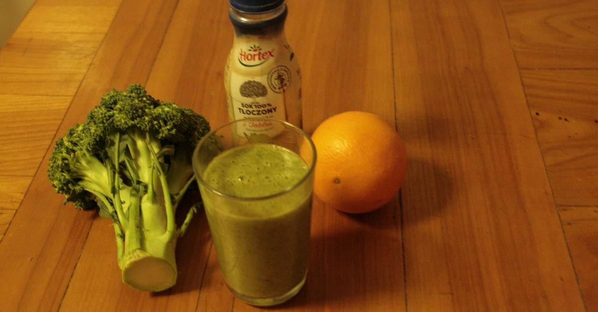 Miksujemy zielone: Zielony koktajl z brokułem