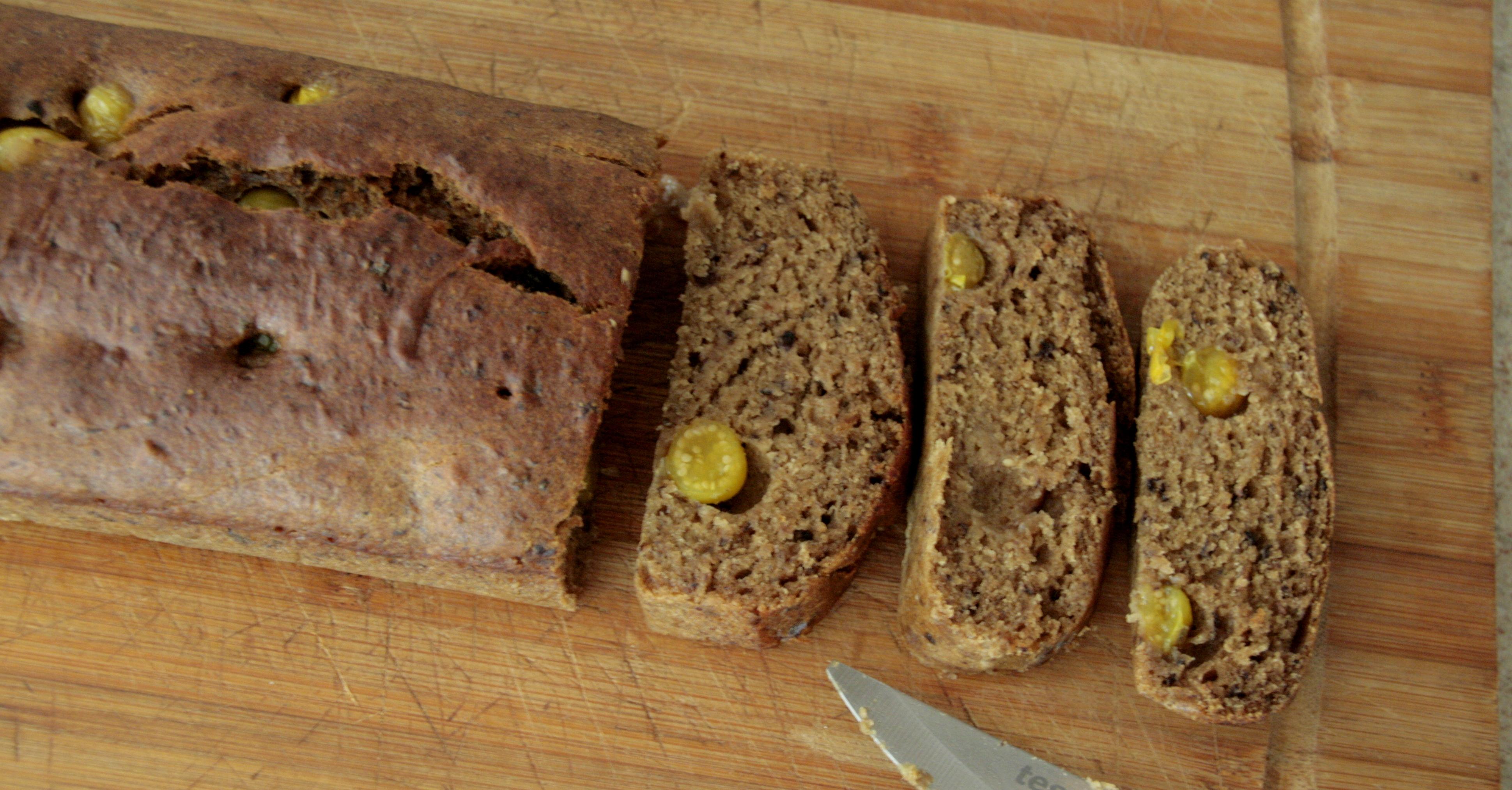Ciasto bananowe z miechunką (wegańskie, bezglutenowe, bezcukrowe)