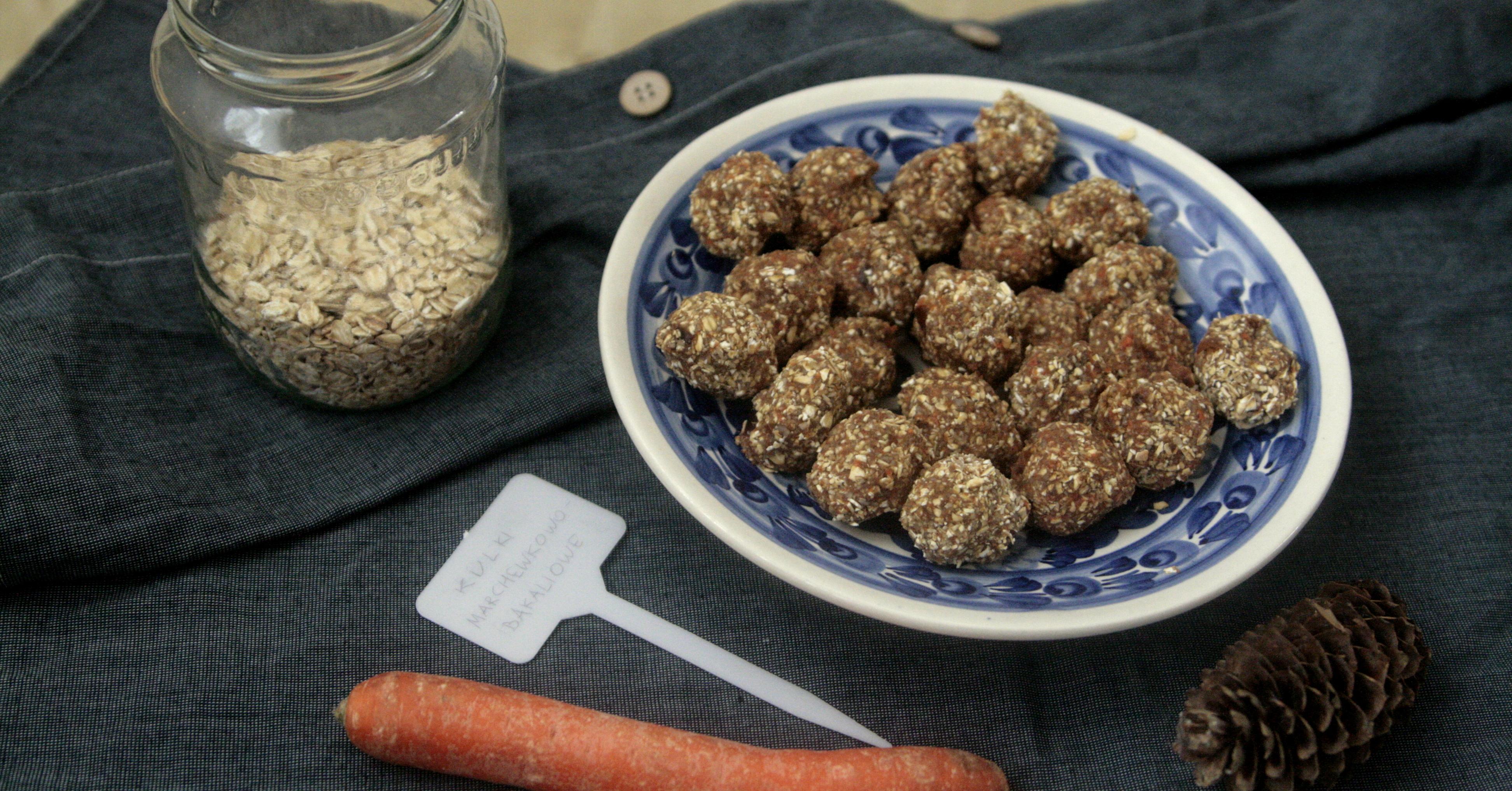 Sposób na warzywa: Kulki marchewkowo-bakaliowe