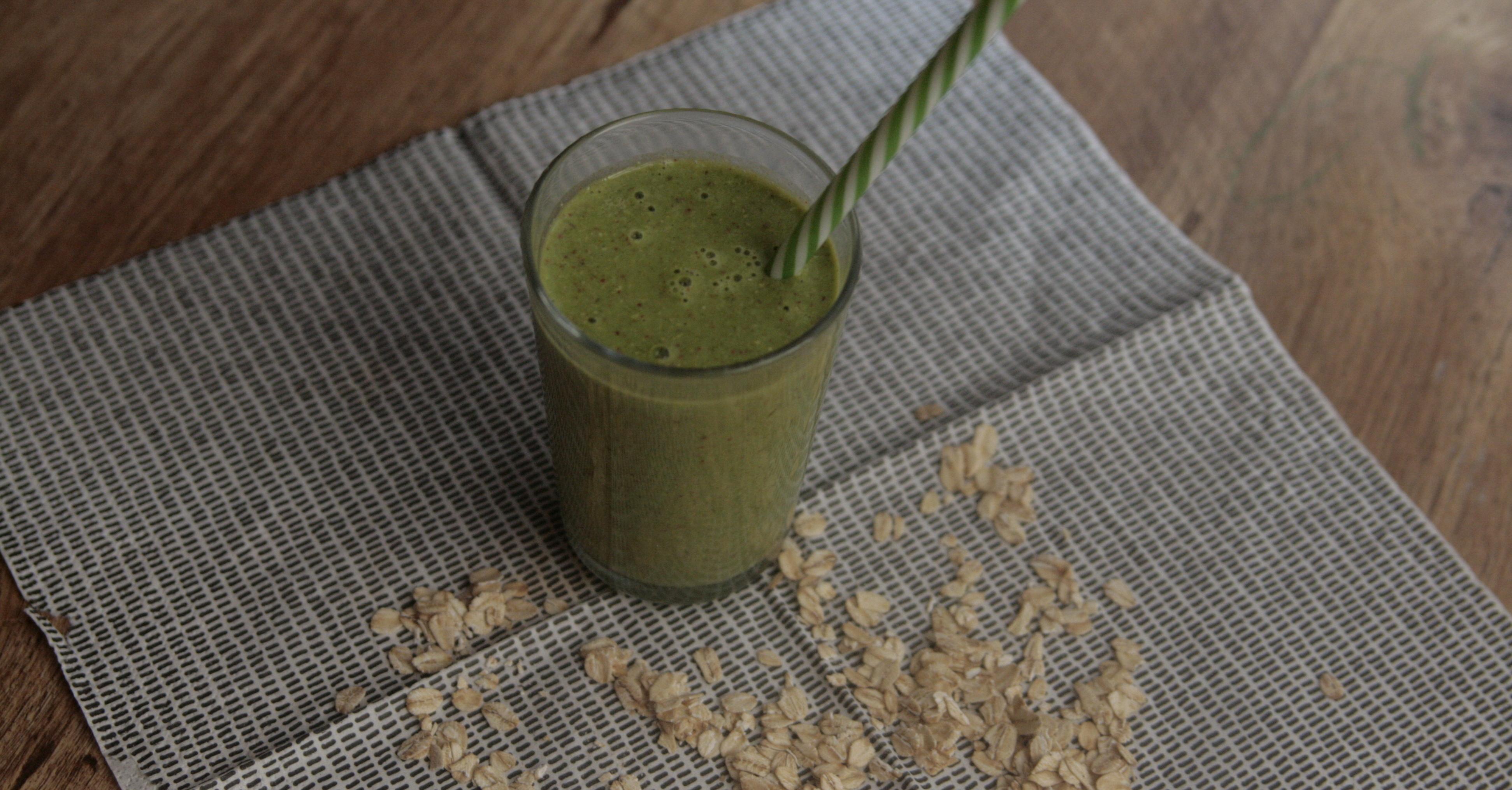 Miksujemy zielone: Ulubiony koktajl z pestką awokado