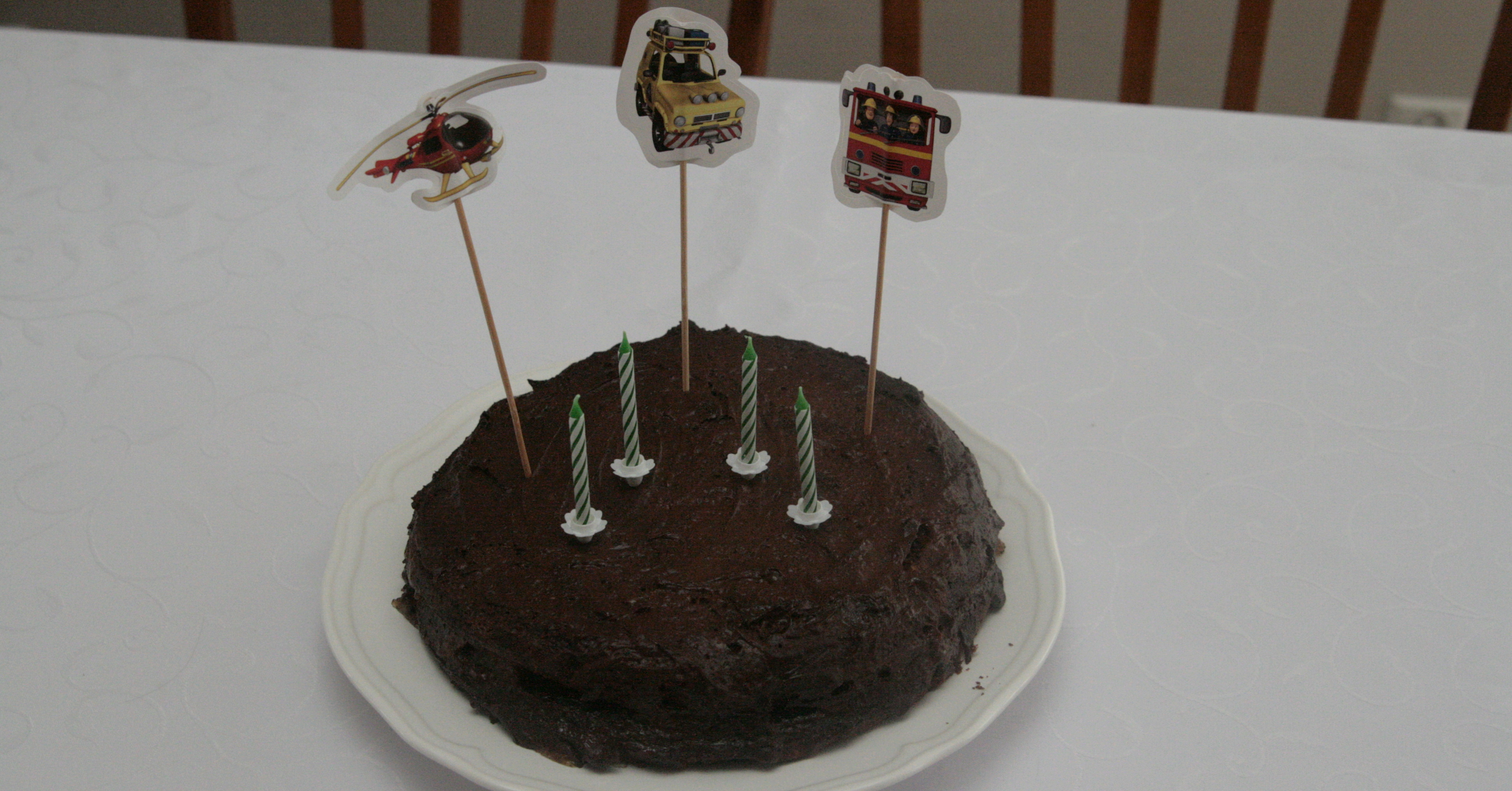 Bezglutenowy i bezmleczny tort Sachera
