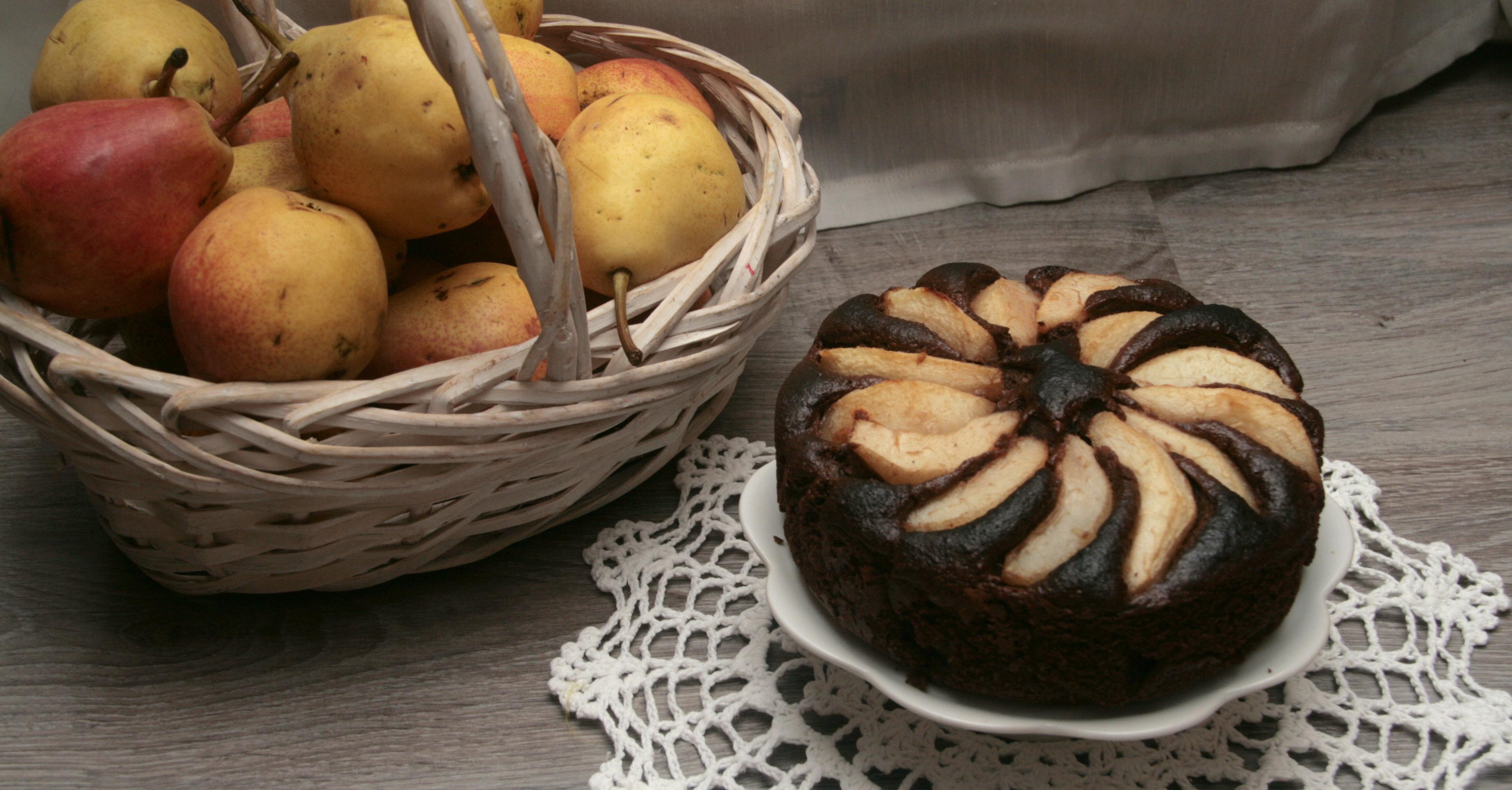 Czekoladowe ciasto owsiane z gruszkami