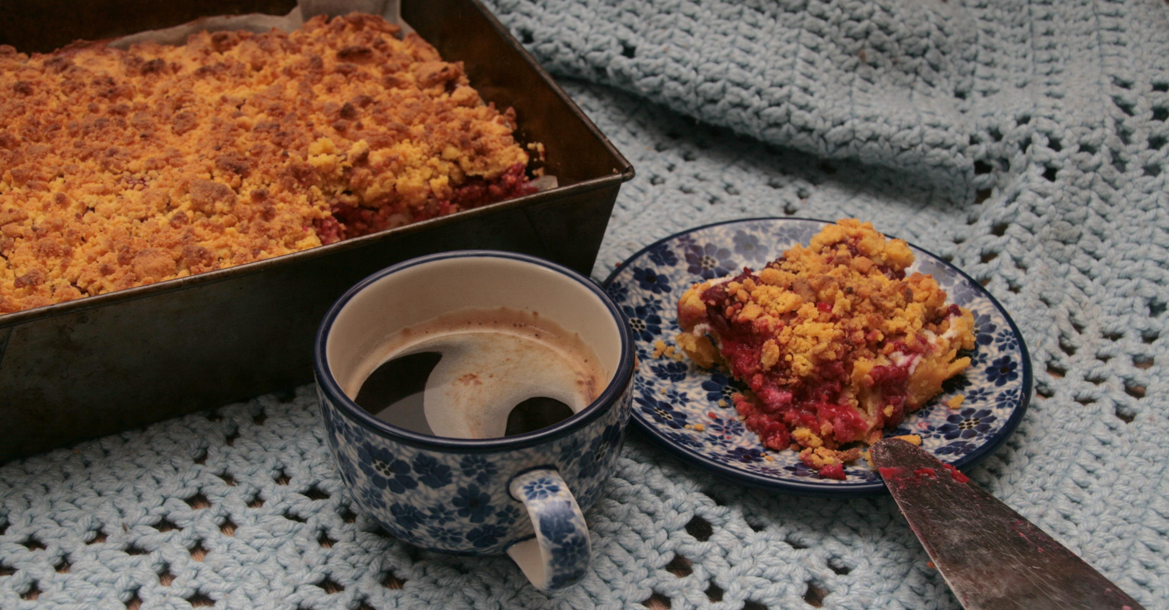 Bezglutenowe, kruche ciasto z malinami