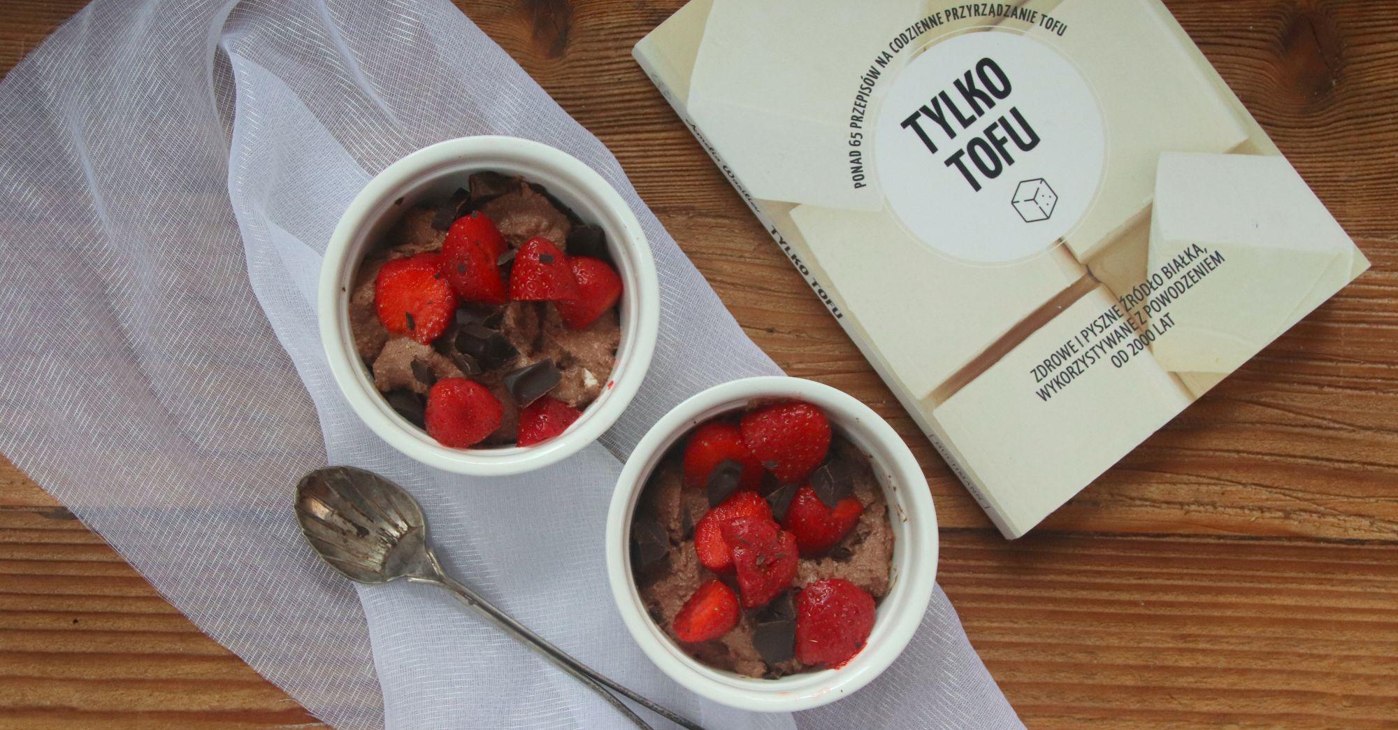 """Jak przygotować tofu? Recenzja książki """"Tylko tofu"""" Amelii Wasiliev"""