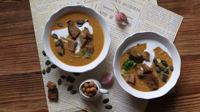Zupa batatowo-ciecierzycowa